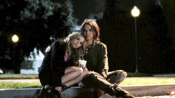 20120429203756!Pretty-little-liars-2x08-save-the-date-hanna-marin-caleb-cap
