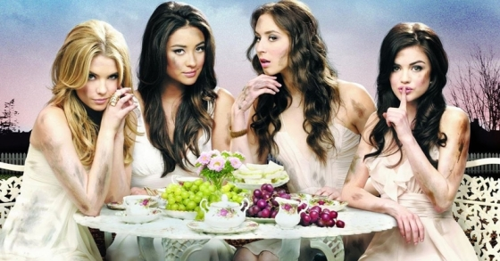 Pretty-Little-Liars-Blog1PDT